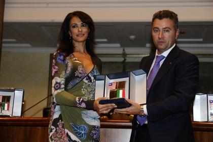 Maria Grazia Cucinotta e Alessio Bonciani